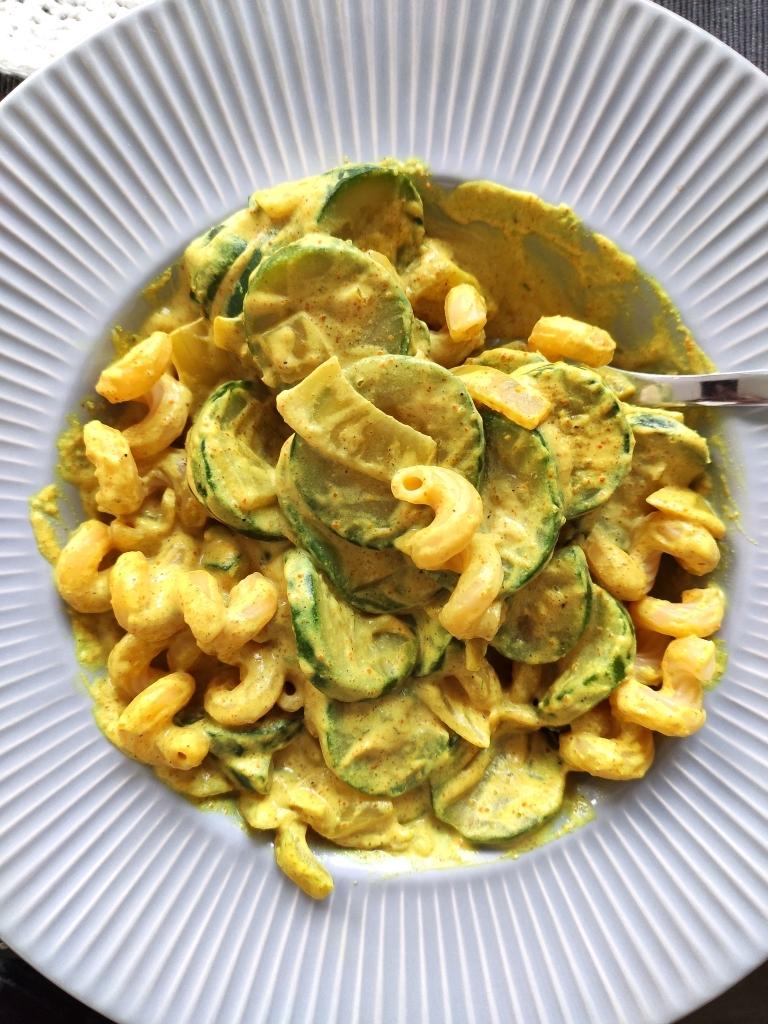 Instarecette #1 Pâtes aux courgettes et au curry